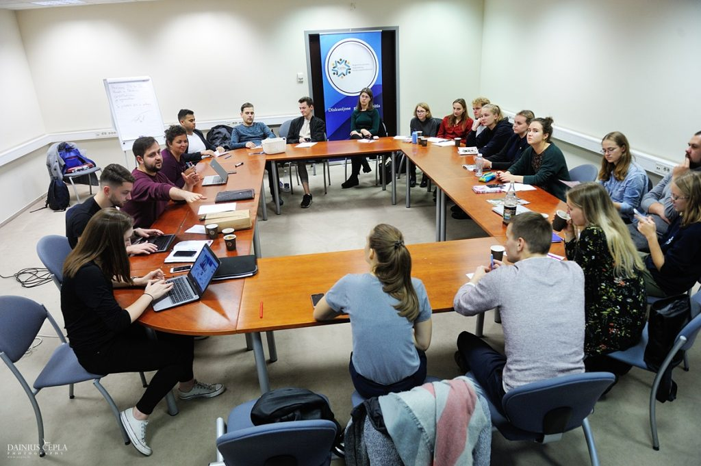 mokymai, RJOTA, VVPI, VJOSAS, mokymai jaunimui, jaunimo mokymai, Visuomenės ir verslo plėtros institutas, Vilnius, komunikacijos mokymai